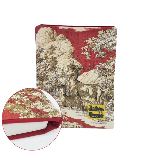 Picture of Book Sleeve - Red Wildlife Print (Paperback Books)
